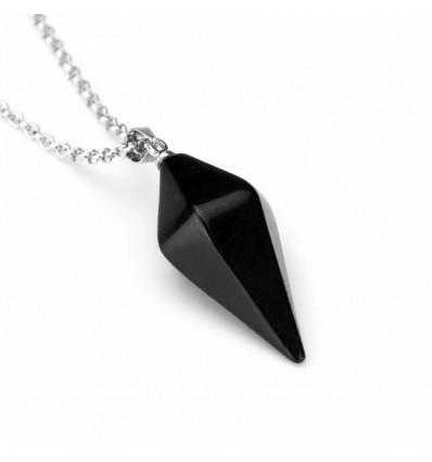 Chaîne avec pendentif en Onyx naturel style pendule. Protège la grossesse, équilibre les énergies.