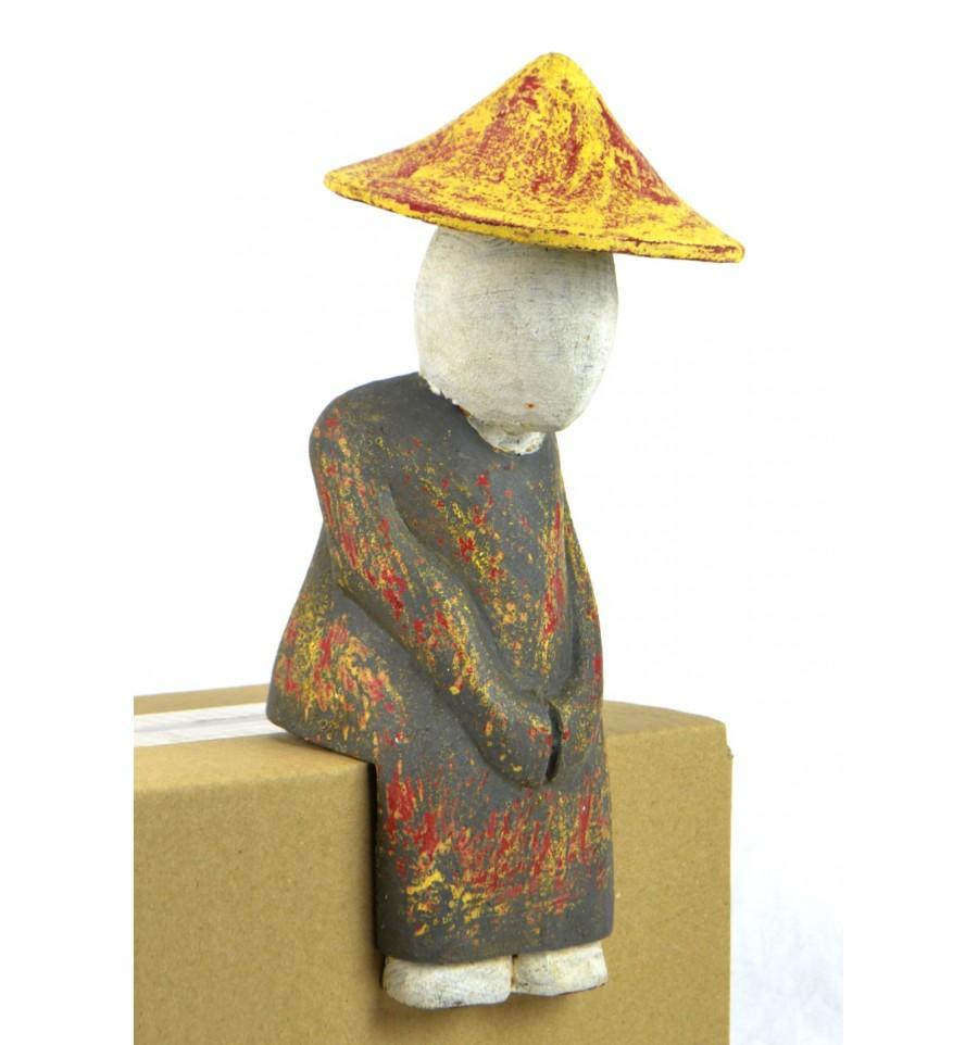 statue personnage asiatique assis rebord tag re d co ethnique chic. Black Bedroom Furniture Sets. Home Design Ideas