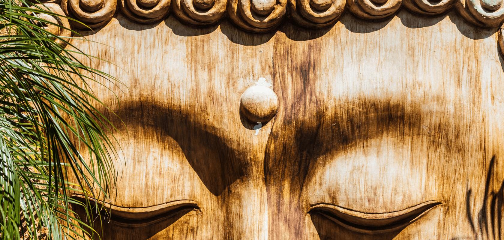 statue en bois bouddha conseils entretiens coco papaya