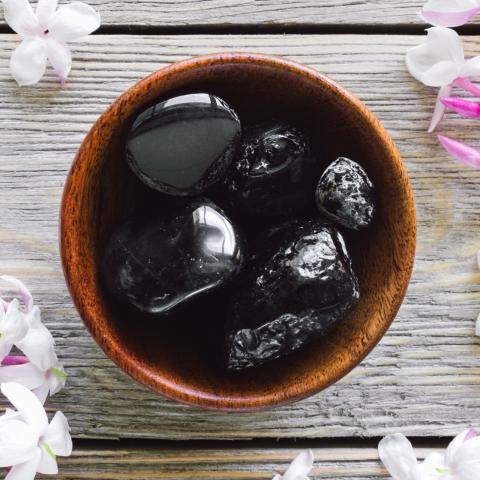 obsidienne pierre naturelle lithothérapie